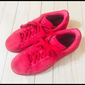 Pink Suede Puma sneakers size 8.5 women's